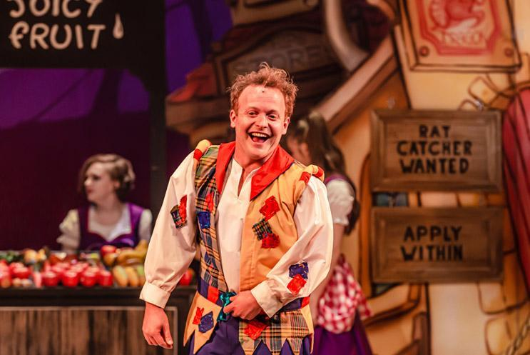 Dick Whittington looking joyful